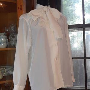 4/$15 size 4 vintage cream scarf button up blouse